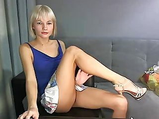 sexy russian legs and feets