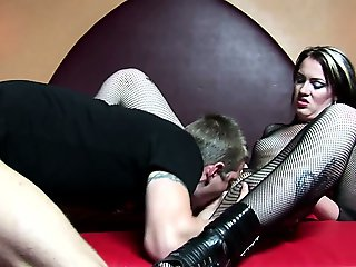 Dutch hooker pussylicked and fucked deep