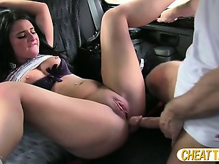 Cheater euro amateur gets screwed inside the taxi and receives cumshot