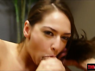 Petite babe Sara Luvv gets face fucked
