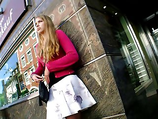 Hot Girl Upskirt Nice Dress Legs at Bus Stop