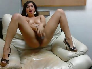 Hot Chick In Heels Fucking Herself