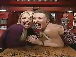 Gerri Halliwell & Kylie Minogue Kissing on 'TFI Friday'
