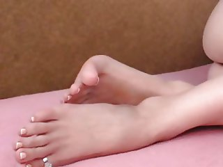 FeetStation TV : Sexy Feet Natural Toes