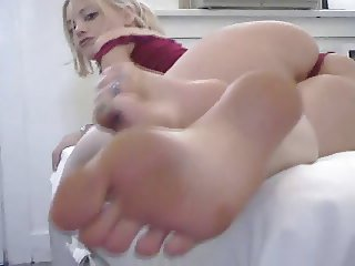 Quick HD masturbation, squirting and feet compilation
