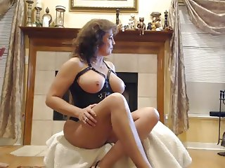 Busty MILF whore fucks on webcam
