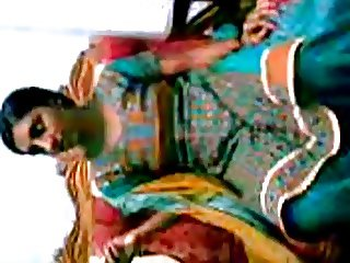 feni girlfreind boobs fondled