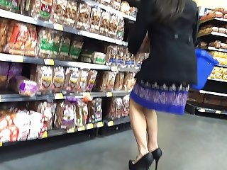Hot in Skirt - Candid