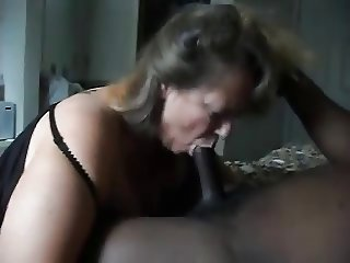 Loves To Blow