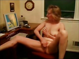 Mature like to watch Femdom male conditioning