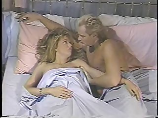 Classic blonde porn queen with great natural body sucks and fucks in bed