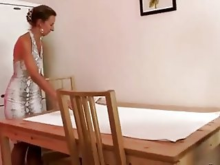 Horny Milf Masseuse Gives A Fuck !