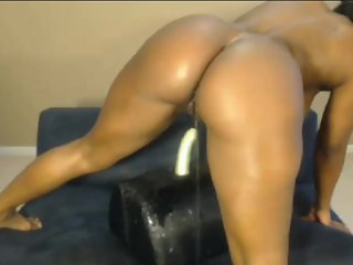 Thick ass black girl squirts twice! & rides