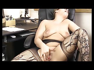 Chubby secretary masturbates at the office at lunch time