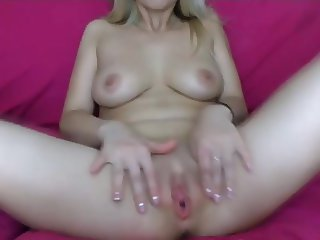Russian Webcam Fisting and Gaping Pussy