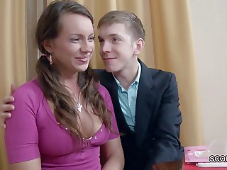 Step-Sister Seduce To Fuck by Step-Bro if Parents Away