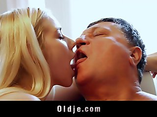 Dirty young blondes share old cum after threesome