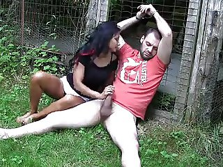 Uk indian babe gives outdoor footjob  hd