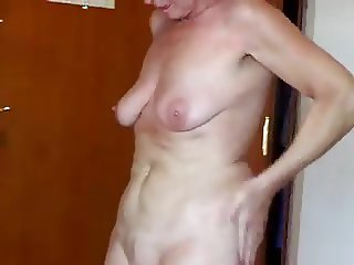 Sexy granny with sagging tits