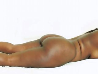 2nd HARD Ebony-African Bootilicious Models