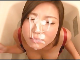 Japanese bath blowjob with amazing thick facial