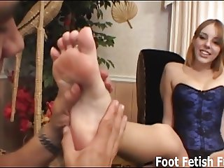 Worship my feet and I will give you a nice reward