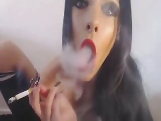 Sexy Tatted Euro Babe Showing Off & Smoking