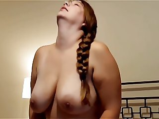 BBW riding on bed..!!!
