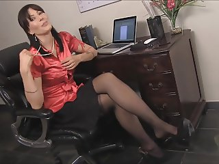 Cum on teachers pantyhose legs