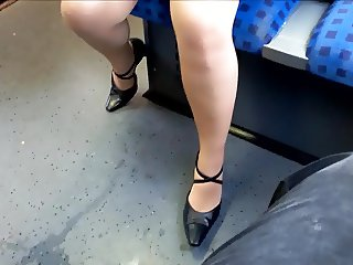 Hot mature legs in nylons and heels