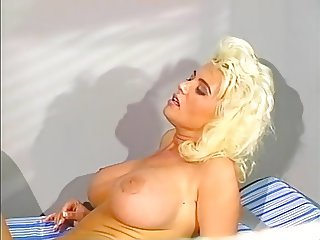 Carolyn Monroe - One Million Years DD