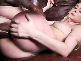 Teen Iris Rose Takes Black Cock