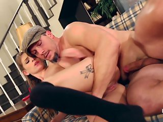 Full Holes - Clamchelle Takes A Ride On The Cab Drivers Dick