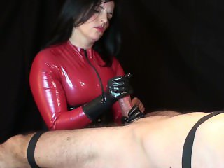 Rubbergloved Handjob