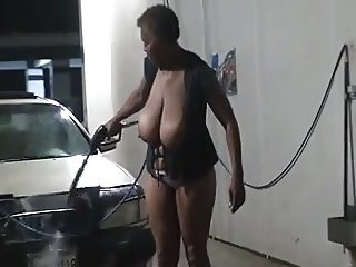 Flashing at the Car Wash