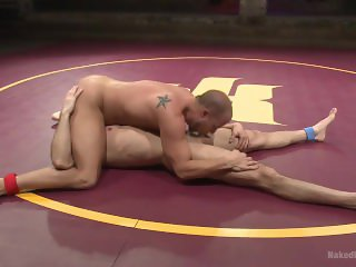 Lance Hart Tussles with Eli Hunter