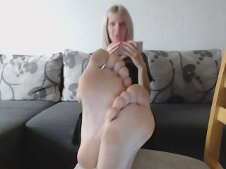 Dating Mom's Feet JOI