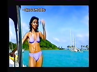Julia Bradbury Hot Bikinis