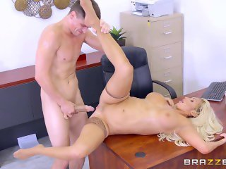 Brazzers - Dirty blonde mild Olivia Fox gets fucked on the desk