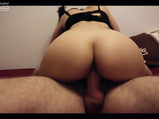 18 years old girlfriend enjoys riding dick (couple)