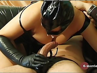 6-movies.com - Blow und Handjob in Latex -