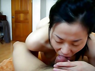 Asian hot mature sex!(her skill's good!)