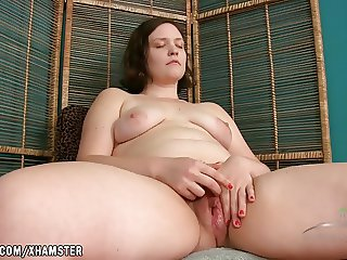 Dawn rubs her sweet wet hairy pussy