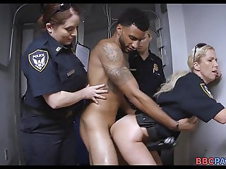 3 female officers team up