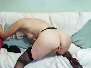 British mature lady playing with herself