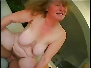 BBW SAGGY BIG TITS GRANNY SEX