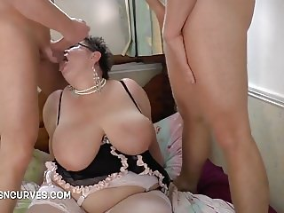 Granny Honey filled with young cocks
