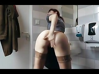 Big amateur gril masturbating compilation - nicolo33