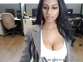 Indian Big Tit Beauty Masturbates At The Office