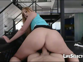She is a dick riding champion - Chloe Scott